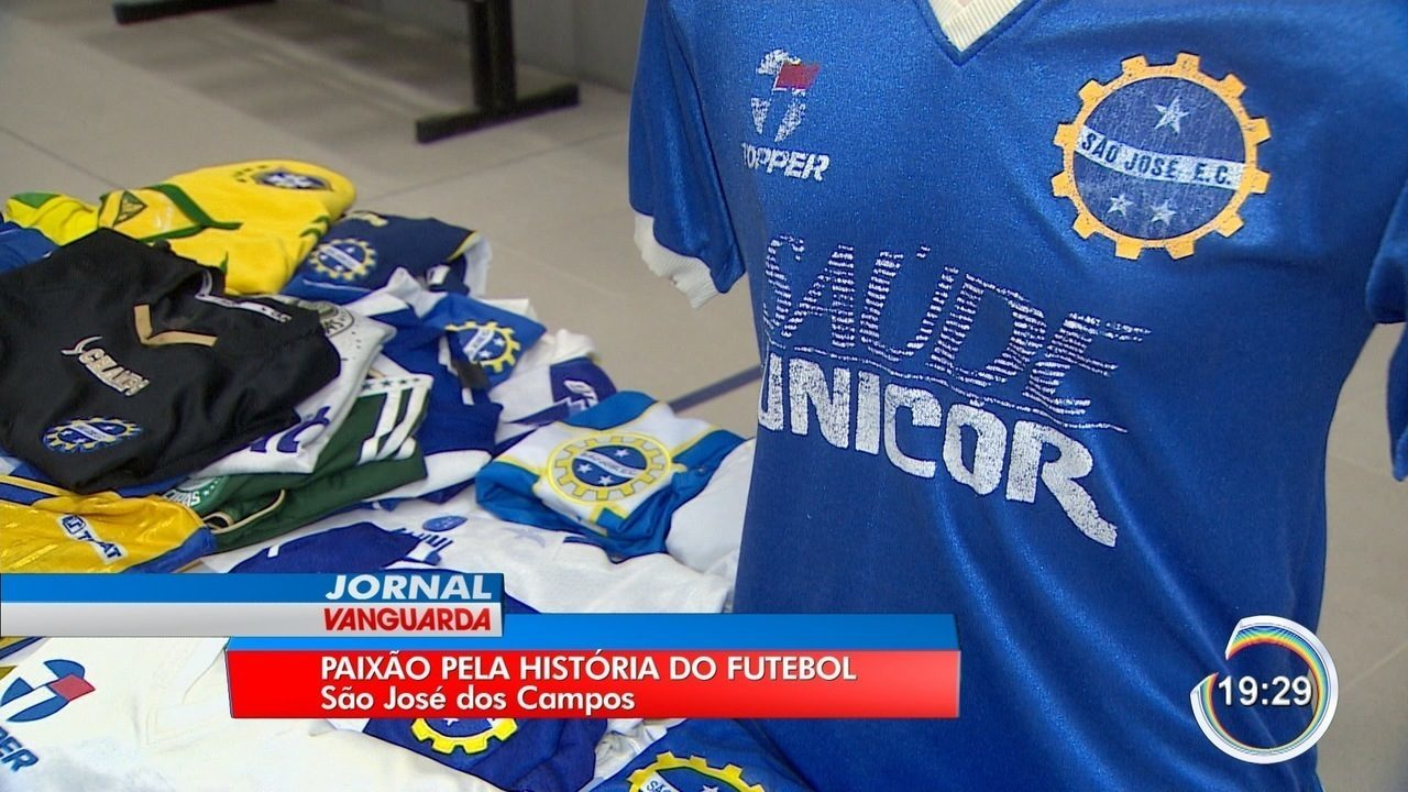 5b7f34a6fc Colecionadores de camisas expõem peças no Museu de Esportes de São ...