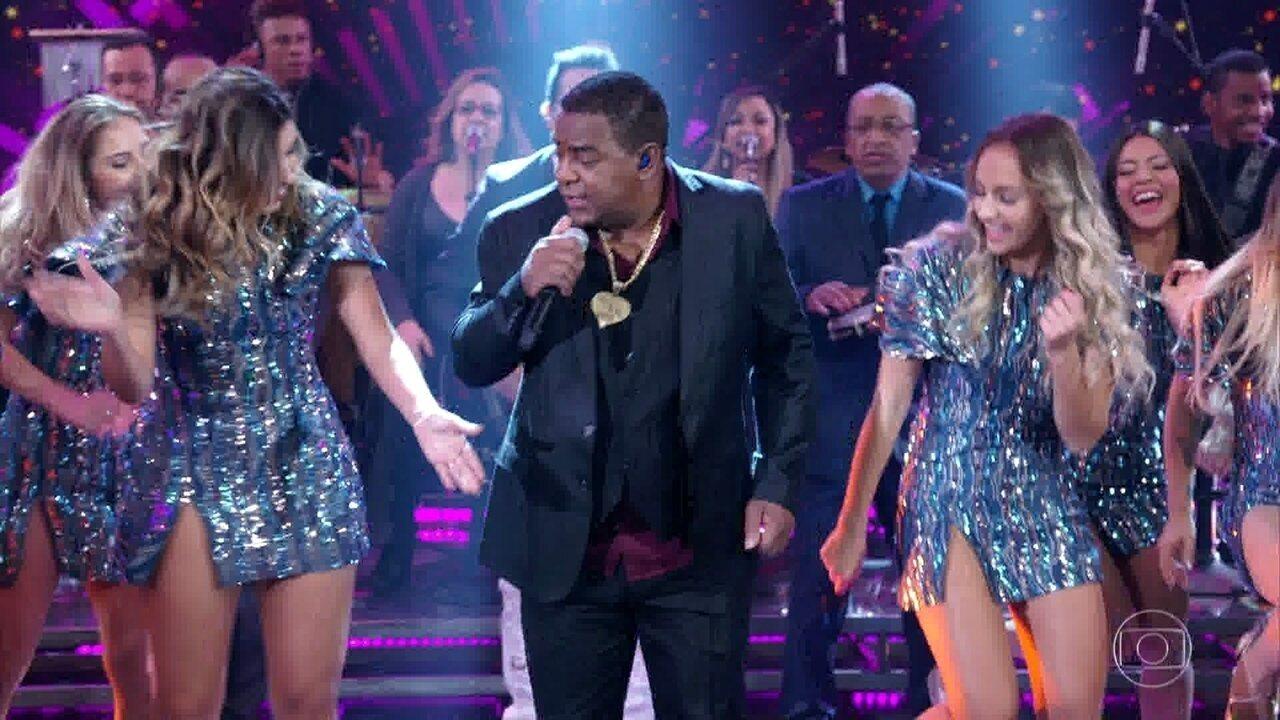 Raça Negra canta 'Cheia de Manias'
