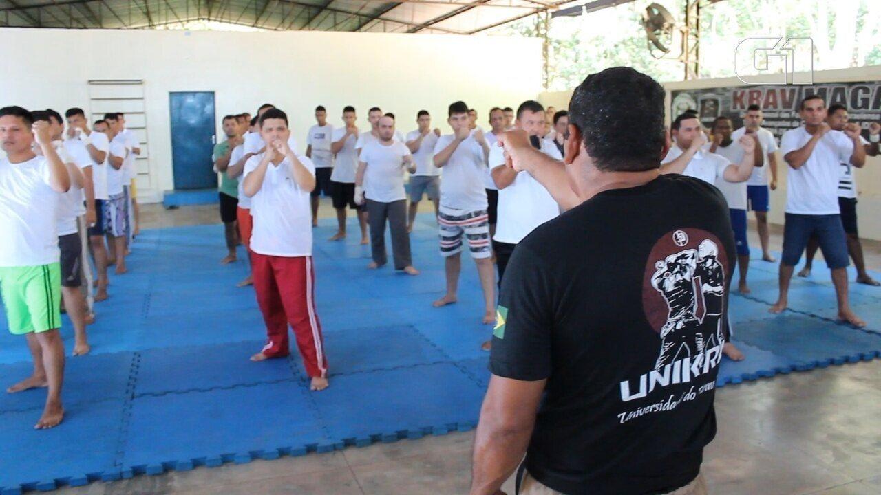 Futuros agentes penitenciários do AM tem aulas de defesa pessoal em Manaus