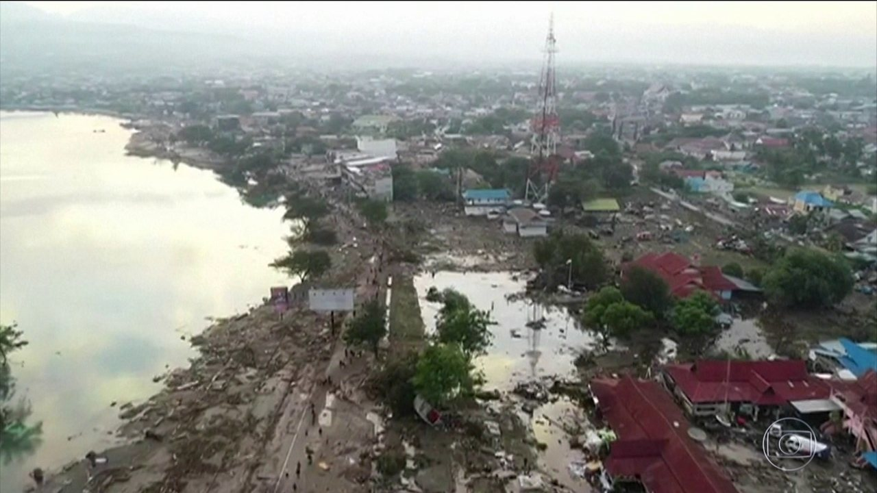 Mortos em terremoto e tsunami na Indonésia passam de 400