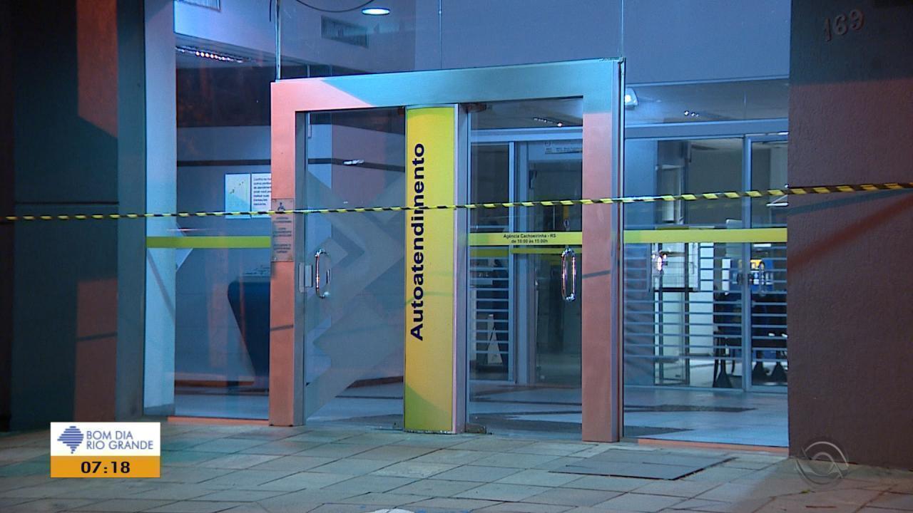 Agência bancária é assaltada em Cachoeirinha na noite de domingo (30)