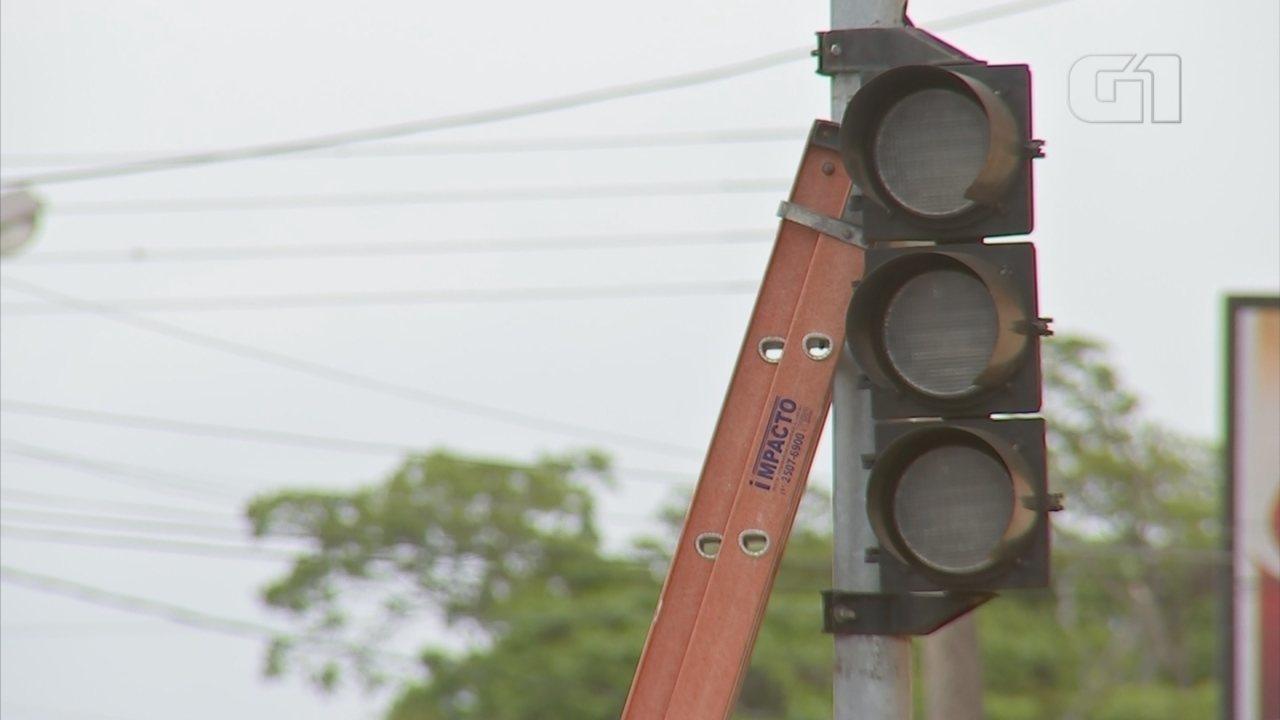Semáforo é reinstalado na Vila Aparecida em Itapetininga