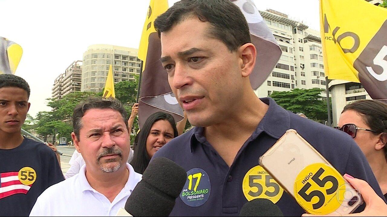 Ìndio da Costa faz campanha na Zona Sul do Rio
