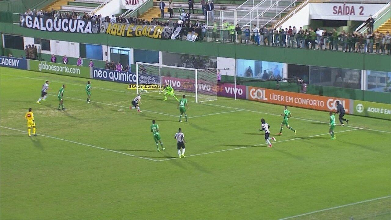 Você se lembra? Atlético-MG vence Chapecoense com time reserva, pelo Brasileiro 2017
