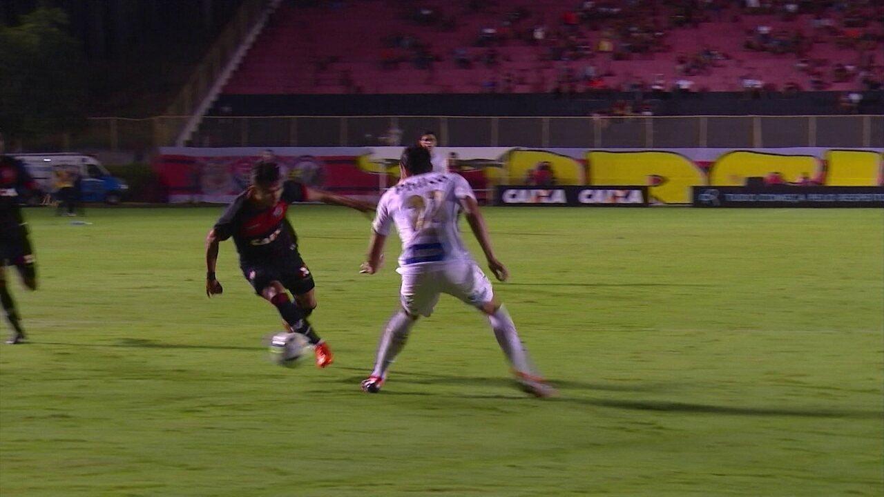 Melhores momentos de Vitória 0 x 1 Santos pela 28ª rodada do Campeonato  Brasileiro c394db81380be