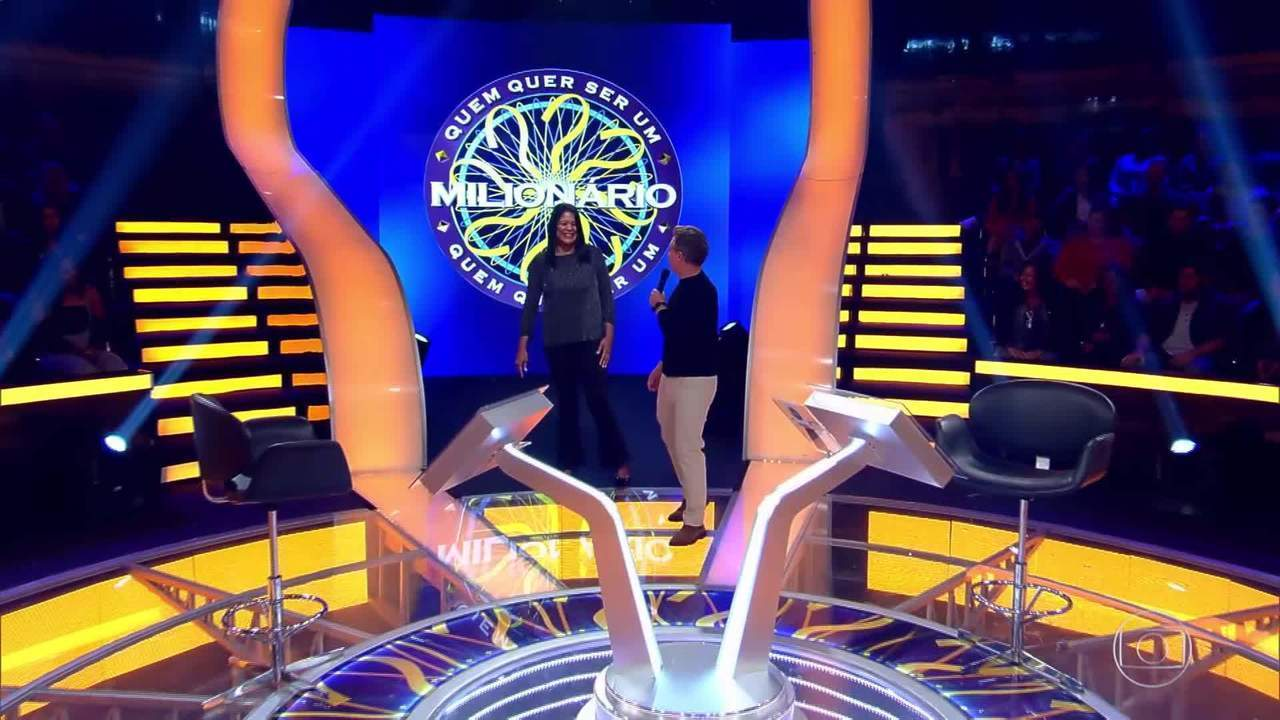 O 'Quem Quer Ser Um Milionário' traz Claudia Pastor