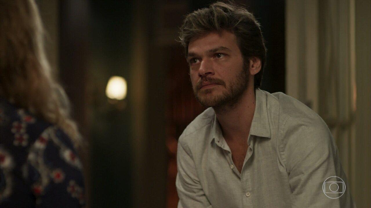 Beto descobre passado de Laureta e desconfia que ela matou Remy