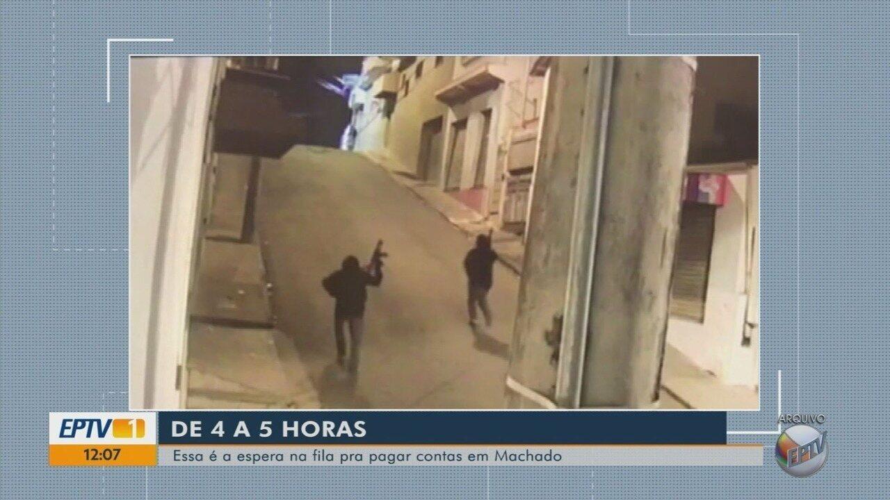 Sem bancas, moradores esperam até 5 horas em filas de lotéricas em Machado (MG)