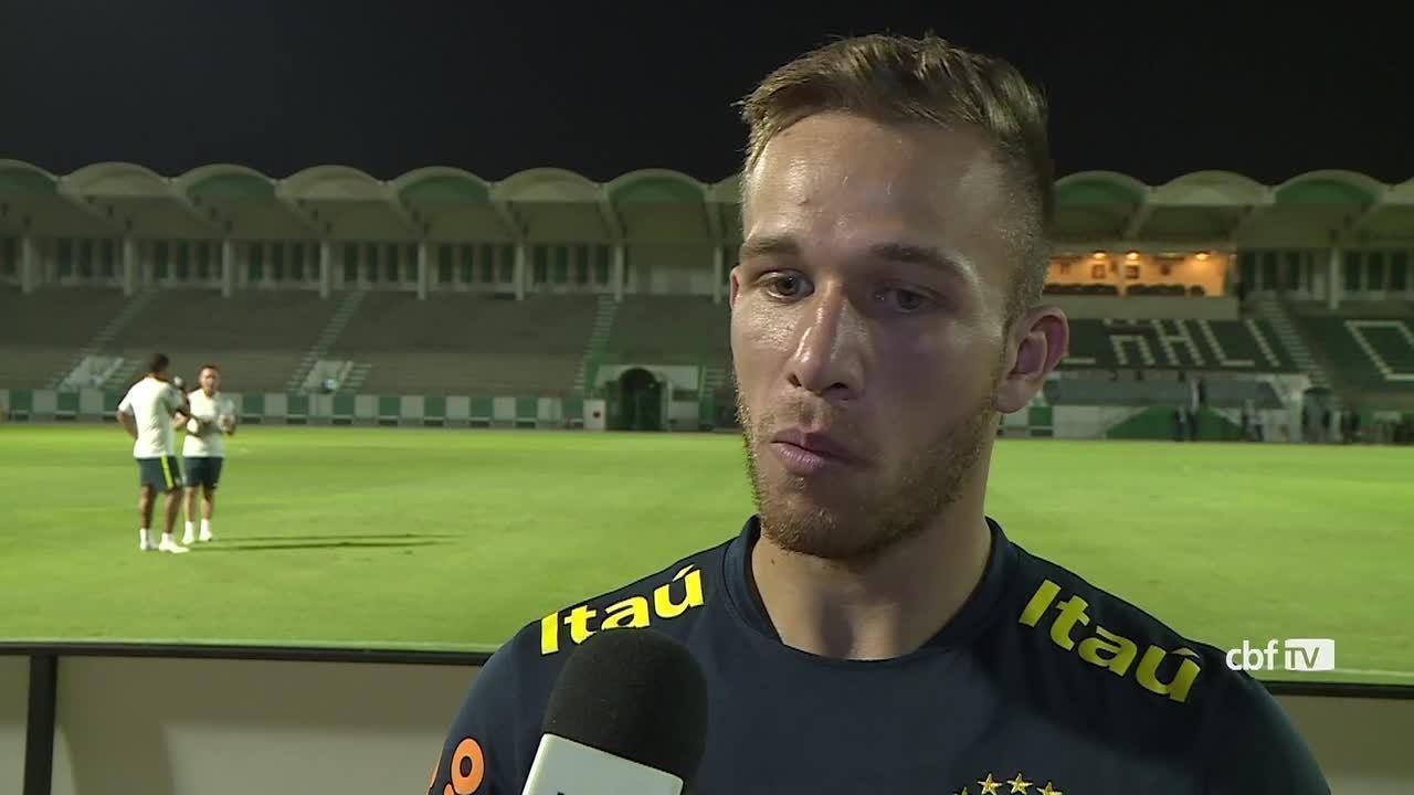 00a21faec0 Arthur fala sobre oportunidade na Seleção antes de amistoso contra a  Argentina