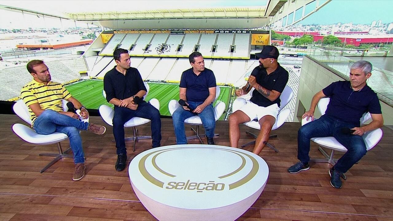 Titularidade de Pedrinho no Corinthians é tema de debate no Seleção