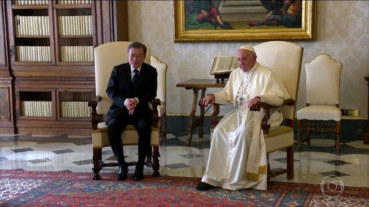 Presidente sul-coreano se encontra com Papa Francisco, no Vaticano
