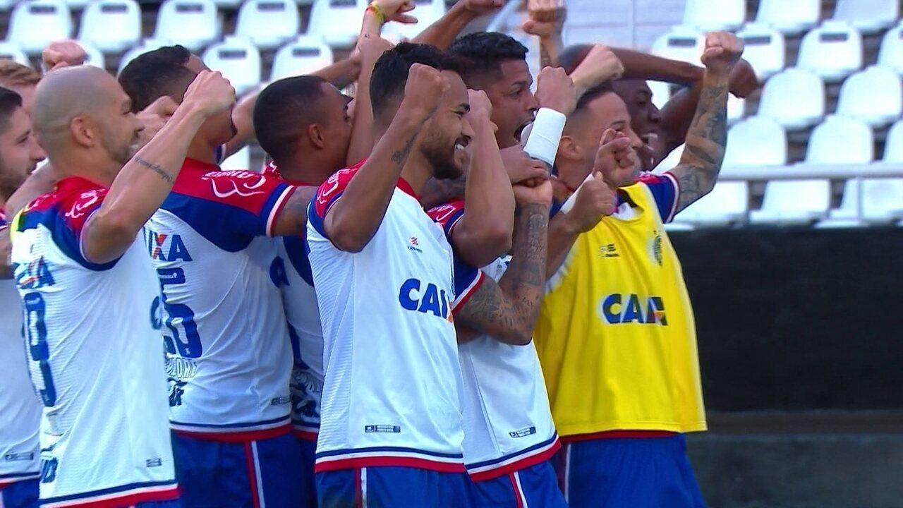 Gol do Bahia! Ramires cruza e Edigar Junio faz de cabeça com 2' do 2º Tempo