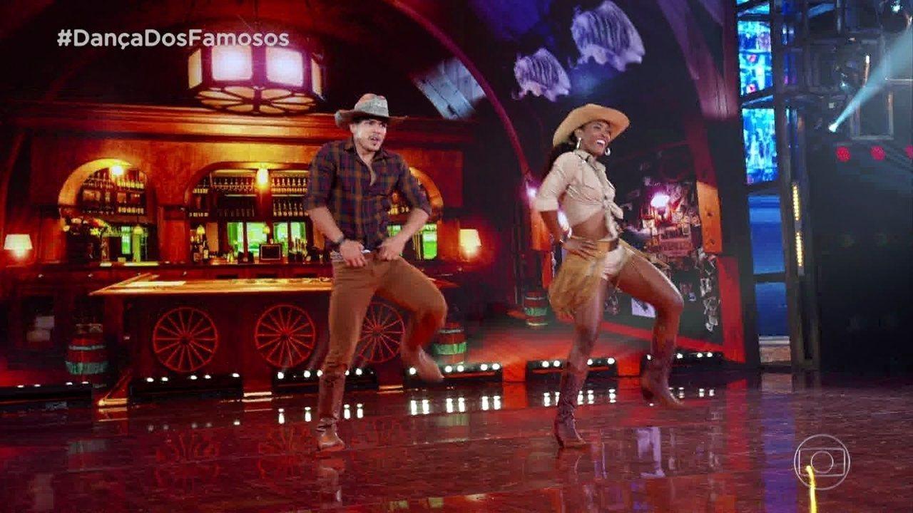 Erika Januza e Elias Ustariz se apresentam no ritmo country