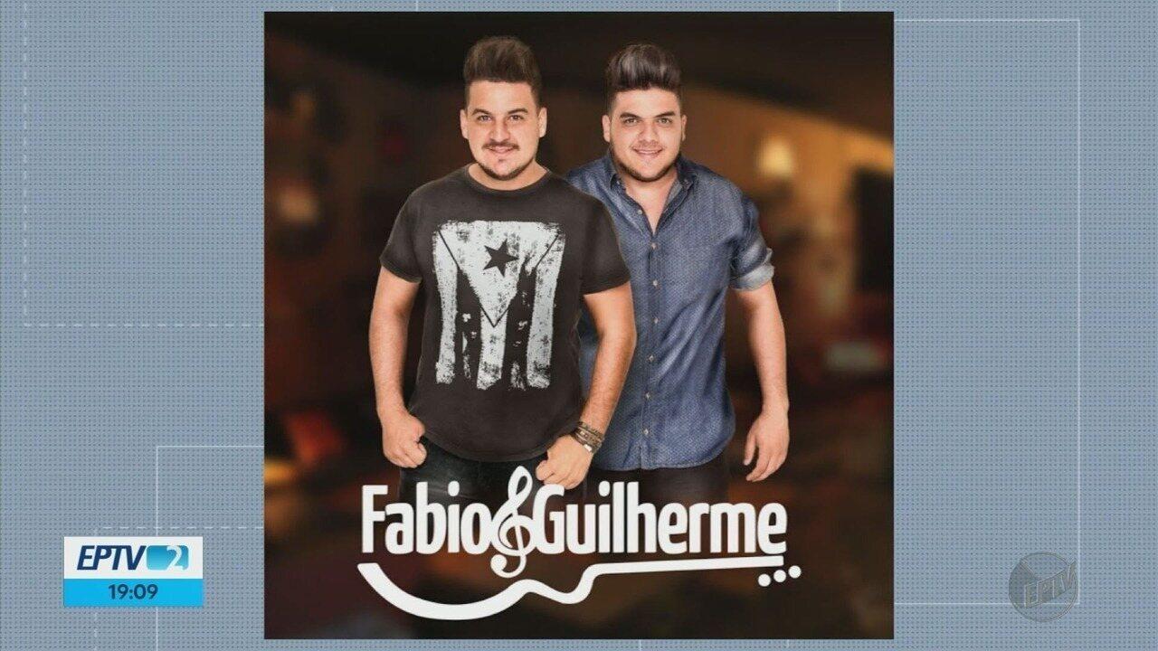 Sertanejos Fabio & Guilherme, mortos em acidente na SP-351, são velados em Passos (MG)