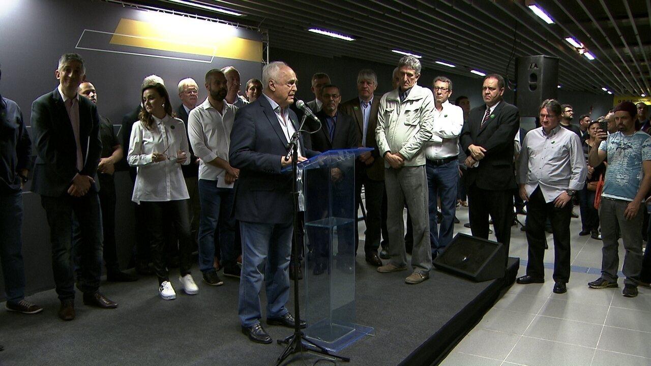 Presidente do São Paulo, Leco, e secretário de transportes inauguram estação Morumbi