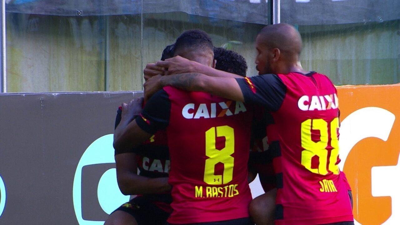 Gol do Sport! Mateus Gonçalves chuta na saída de Paulo Victor e amplia contra o Grêmio