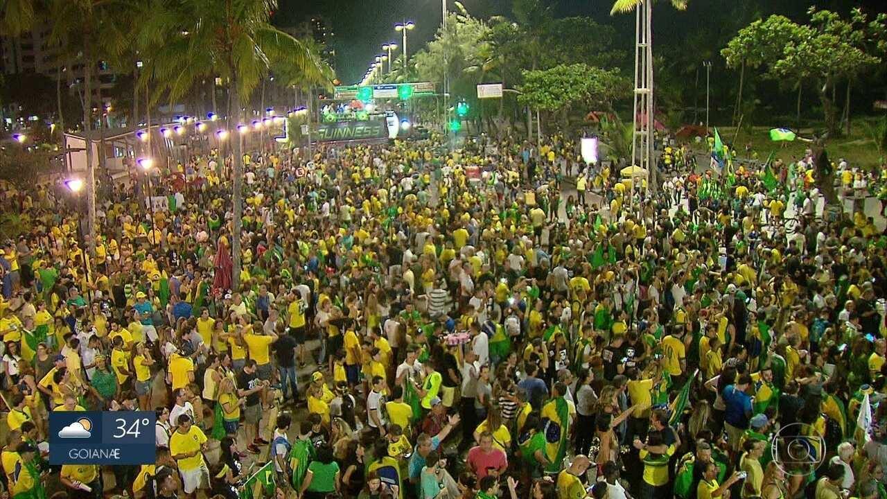 No Recife, militantes acompanham apuração de votos e se posicionam sobre resultado