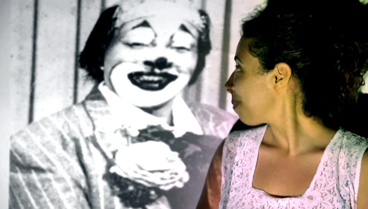 Filme sobre pioneira nos picadeiros vira espetáculo com três gerações no palco