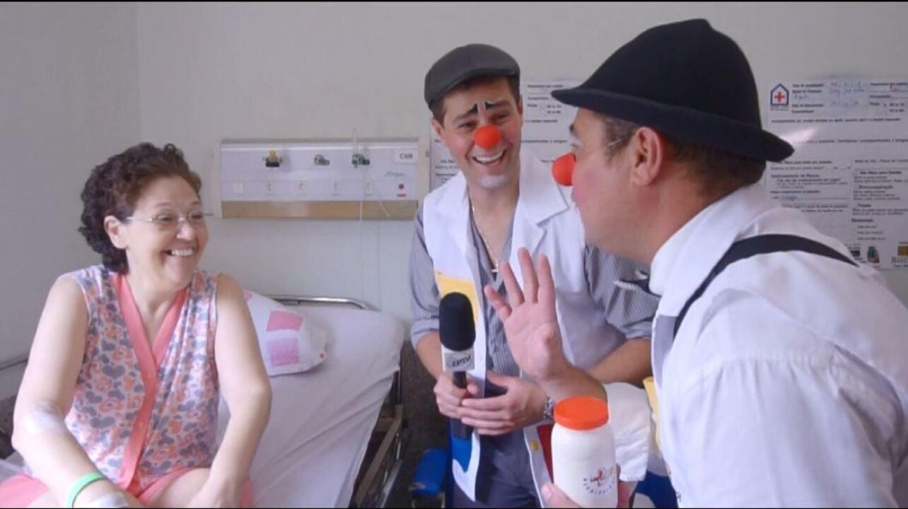 Pedro vive um dia de voluntário com os Hospitalhaços