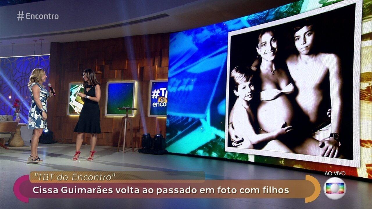 Cissa Guimarães volta ao passado em foto com filhos