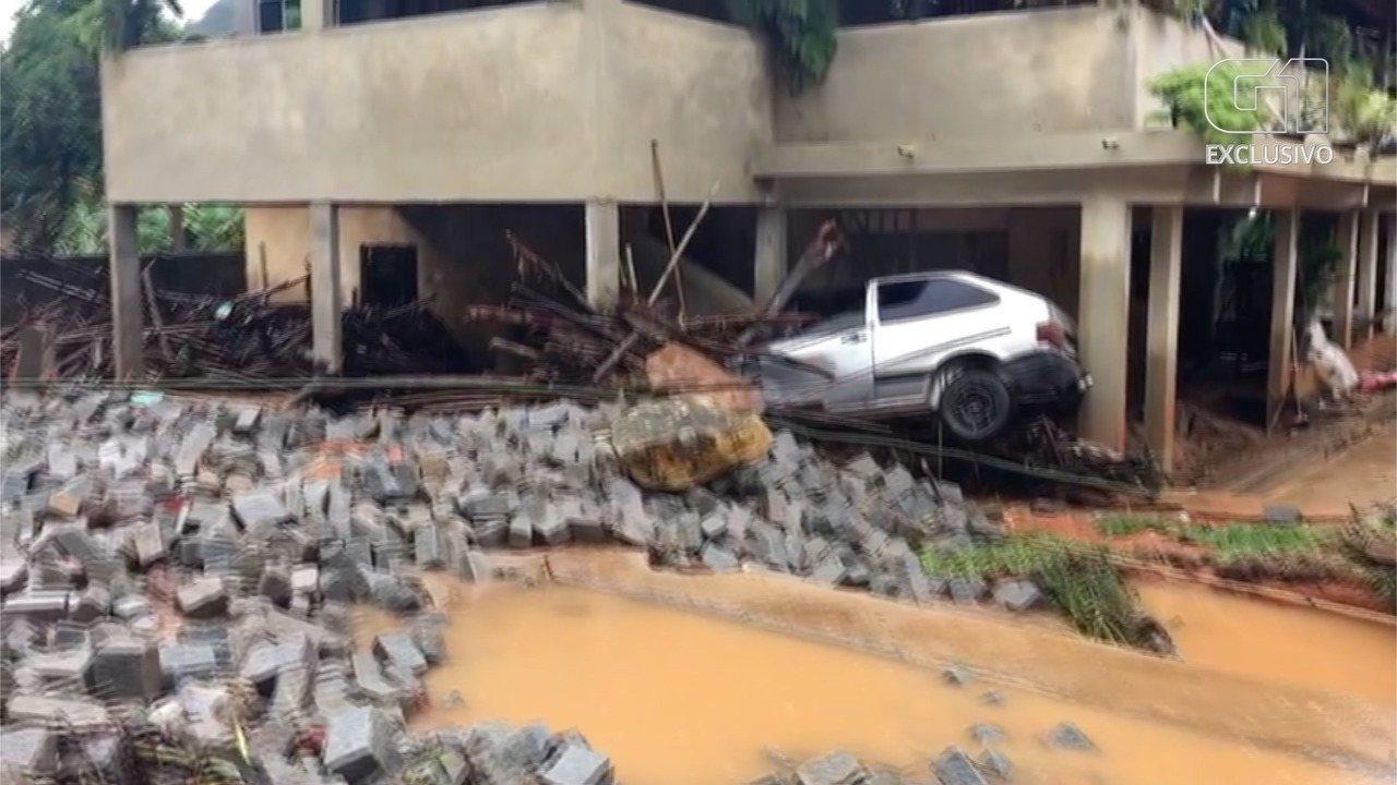 Chuva destrói ruas e arrasta carros em Santa Maria Madalena, no RJ