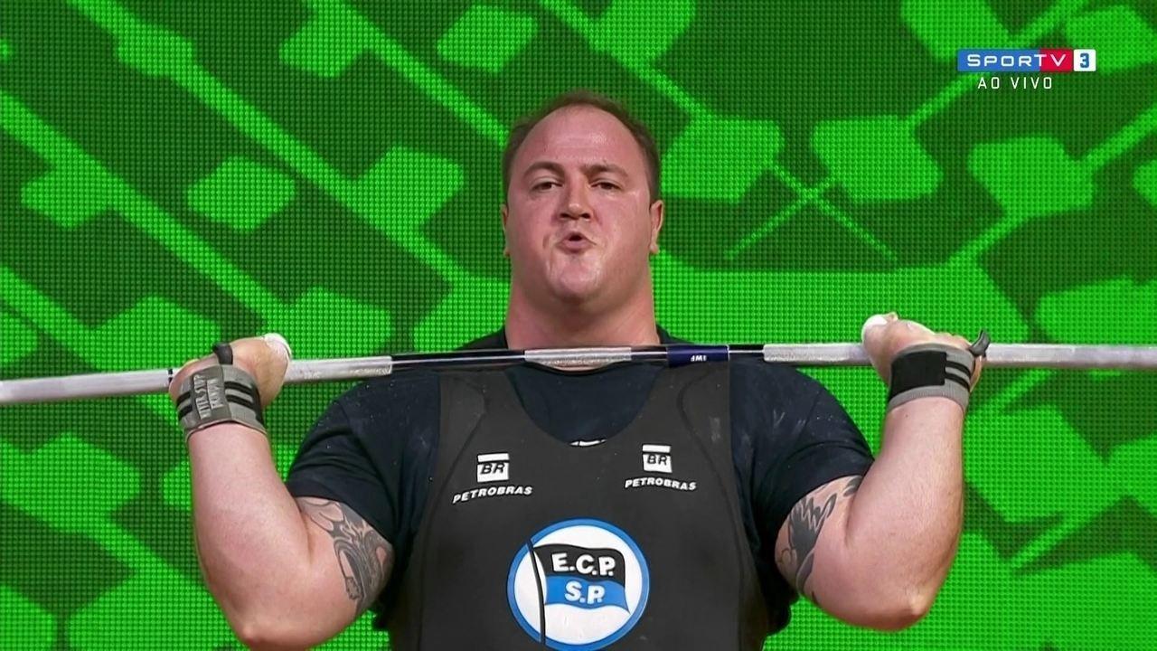 Fernando Reis erra ao tentar levantar 245kg no Mundial de Levantamento de peso