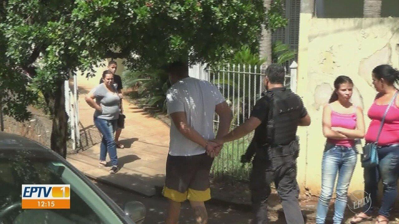 Dez pessoas são presas e um apreendido em operação contra o tráfico em Piracicaba