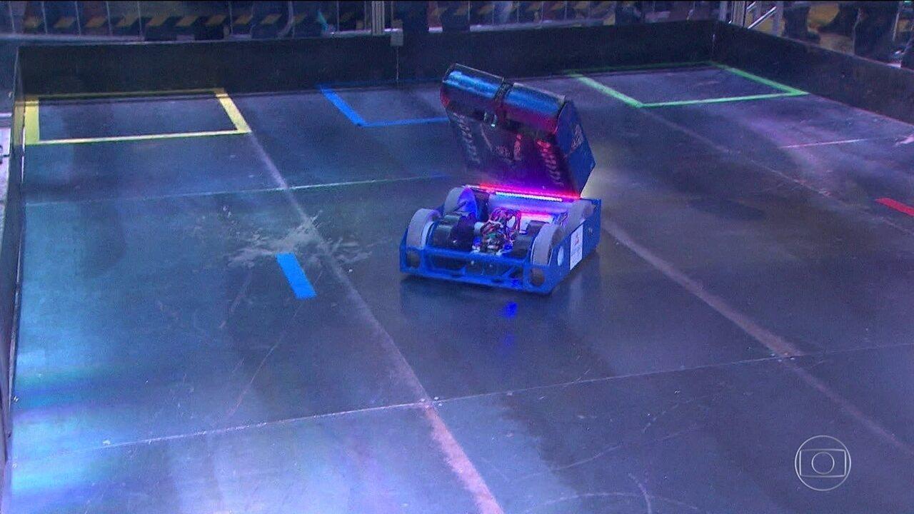 Competição em SP reúne máquinas pequenas e ferozes