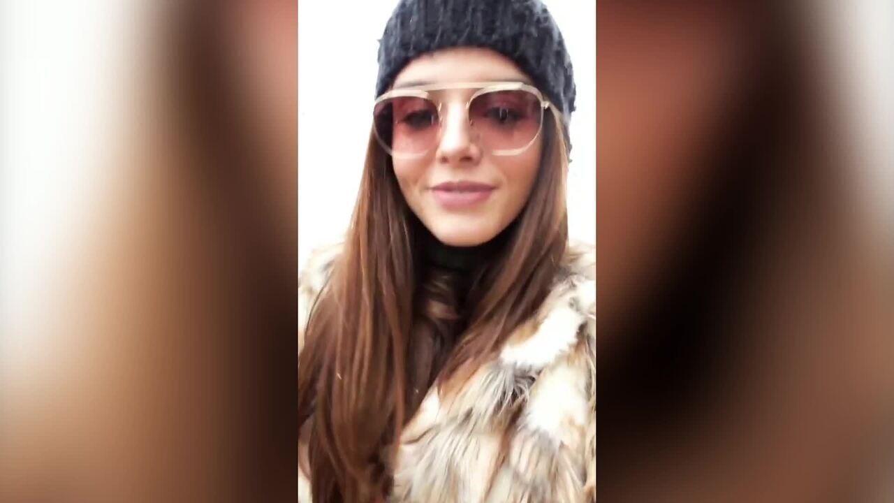Por causa da neve, Giovanna Lancellotti é impedida de subir na Torre Eiffel / Reprodução das redes sociais