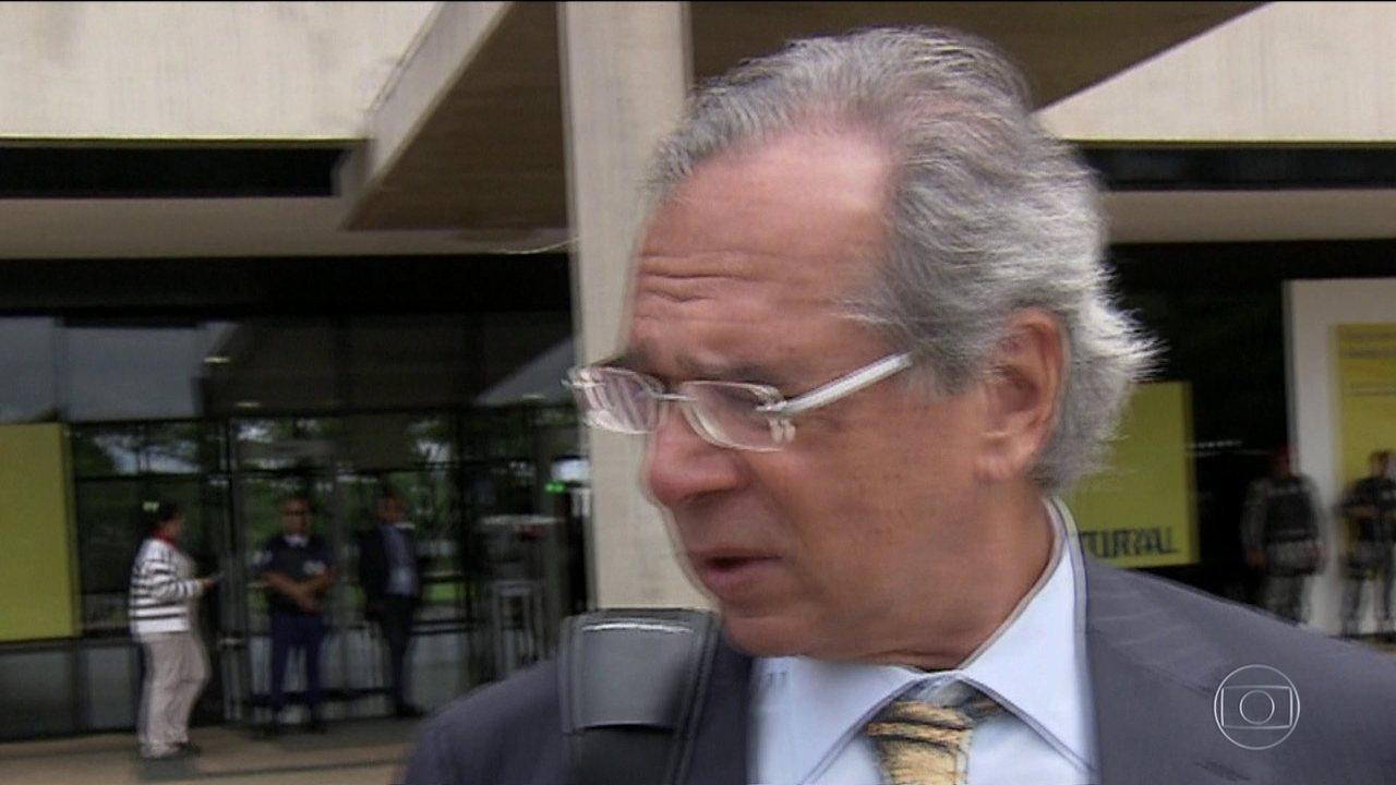 Paulo Guedes, futuro ministro da Economia, descarta aumento de impostos