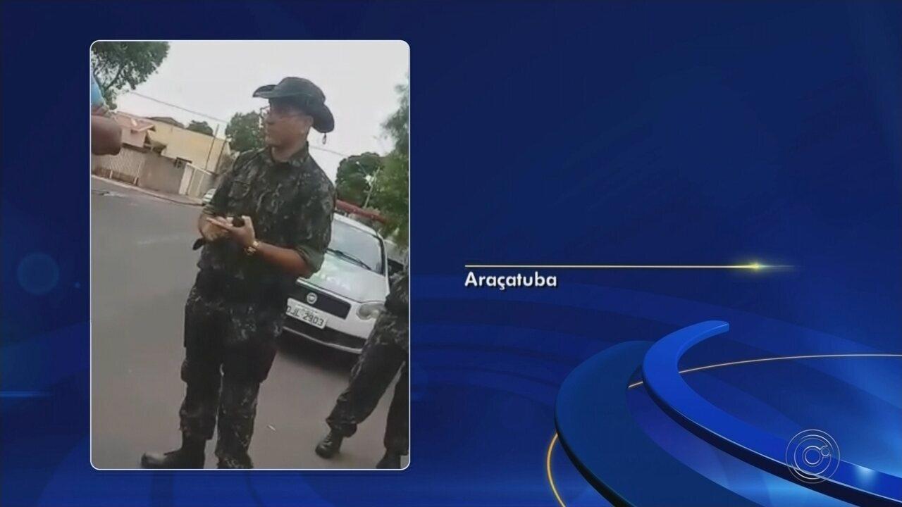 Suspeitos se passam por agricultores e tentam recuperar galos apreendidos em rinha