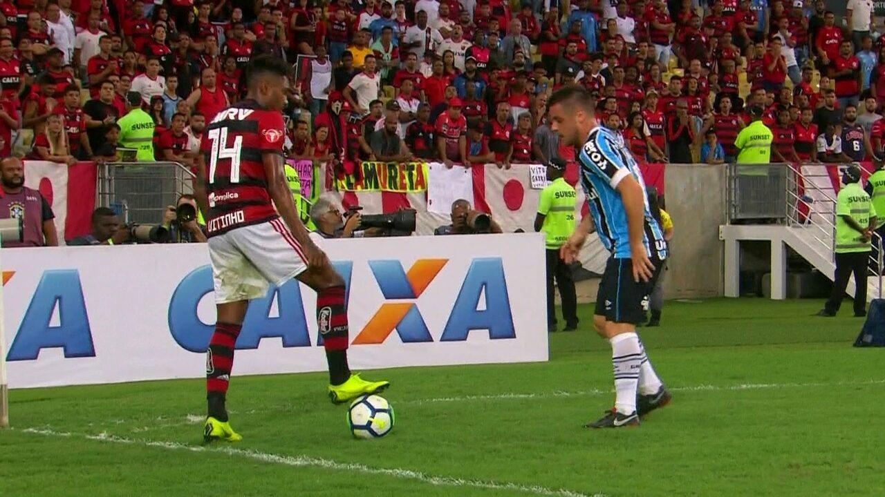 Melhores momentos de Flamengo 2 x 0 Grêmio pela 36ª rodada do Brasileirão 2018