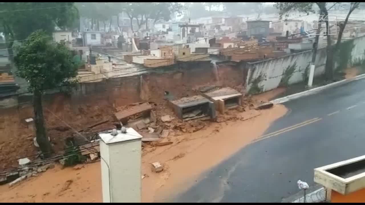 Chuva provoca estragos em shopping, cemitério e universidade federal no ABC