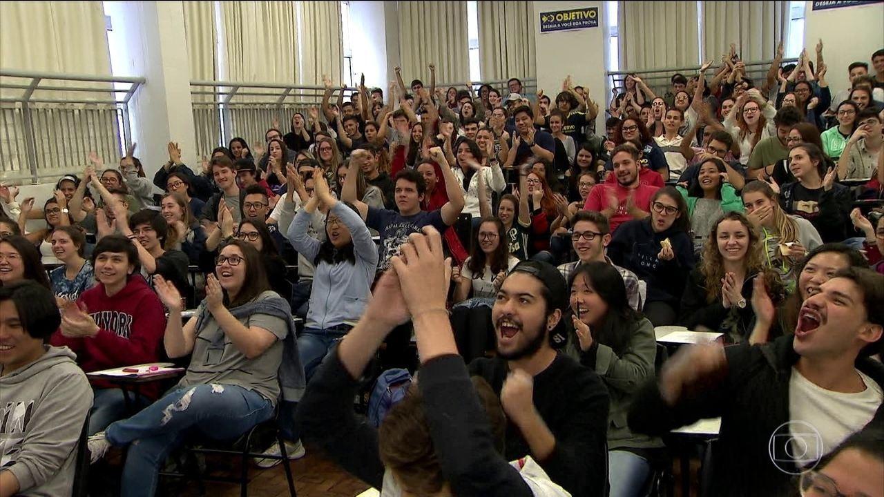 Mais de 100 mil estudantes devem fazer provas da 1ª fase do vestibular da USP