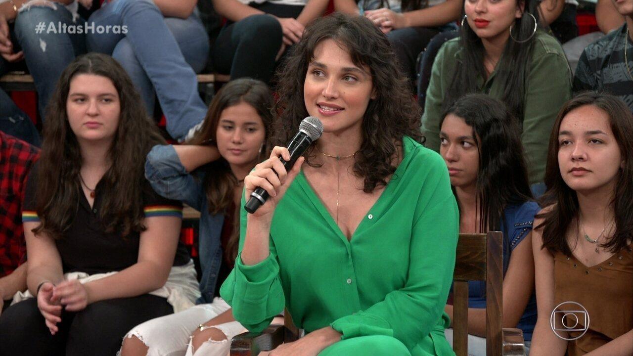 Débora Nascimento fala sobre sua personagem em 'Verão 90'