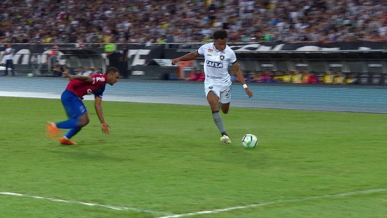 d3887b7660 Melhores momentos  Botafogo 2 x 1 Paraná pela 37ª rodada do Brasileirão
