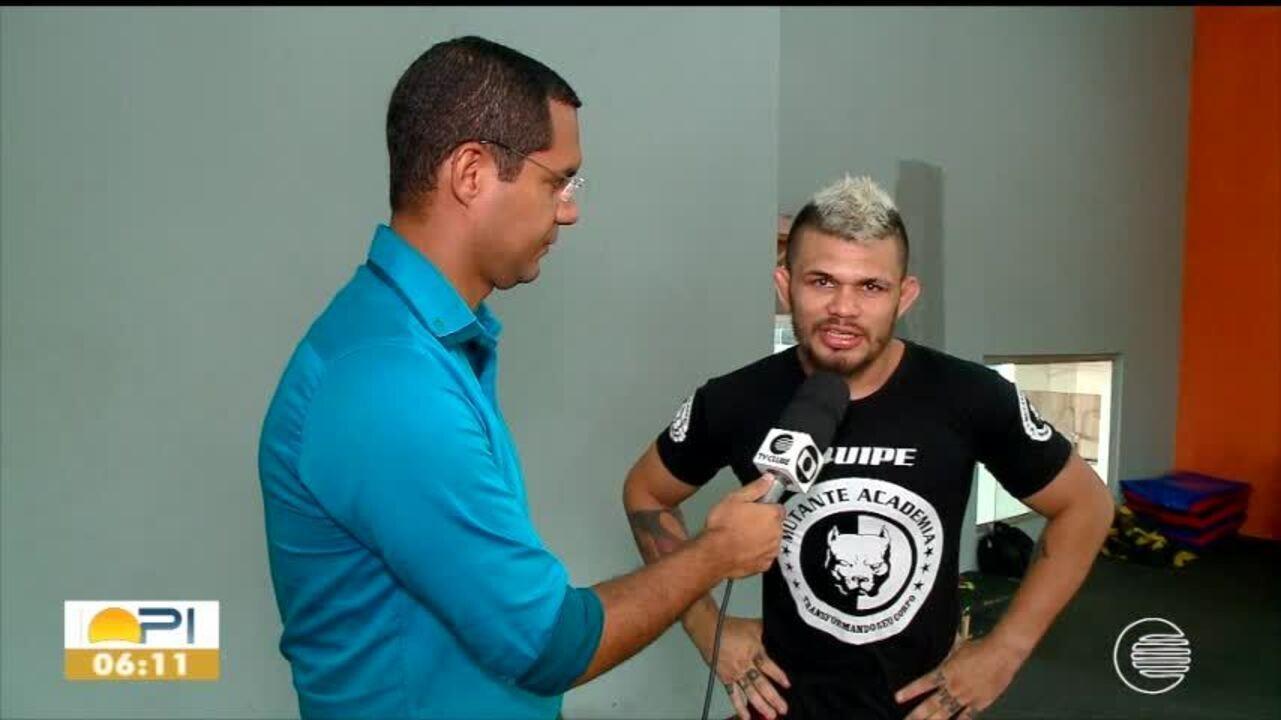 Buda encerra temporada e inverte os papeis ao dar aulas de MMA
