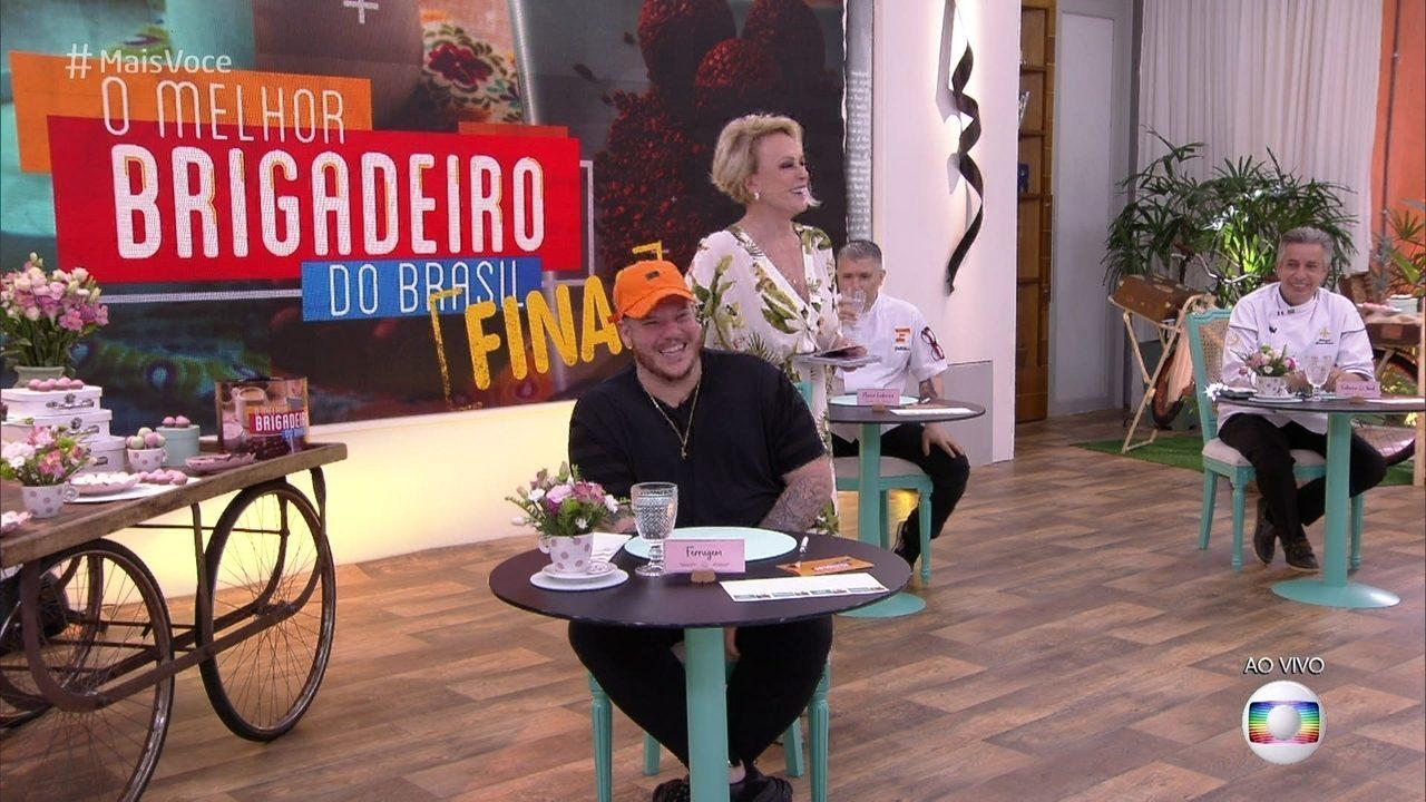 O cantor Ferrugem e os chefs Fabrice Le Nud e Flavio Frederico formam o júri