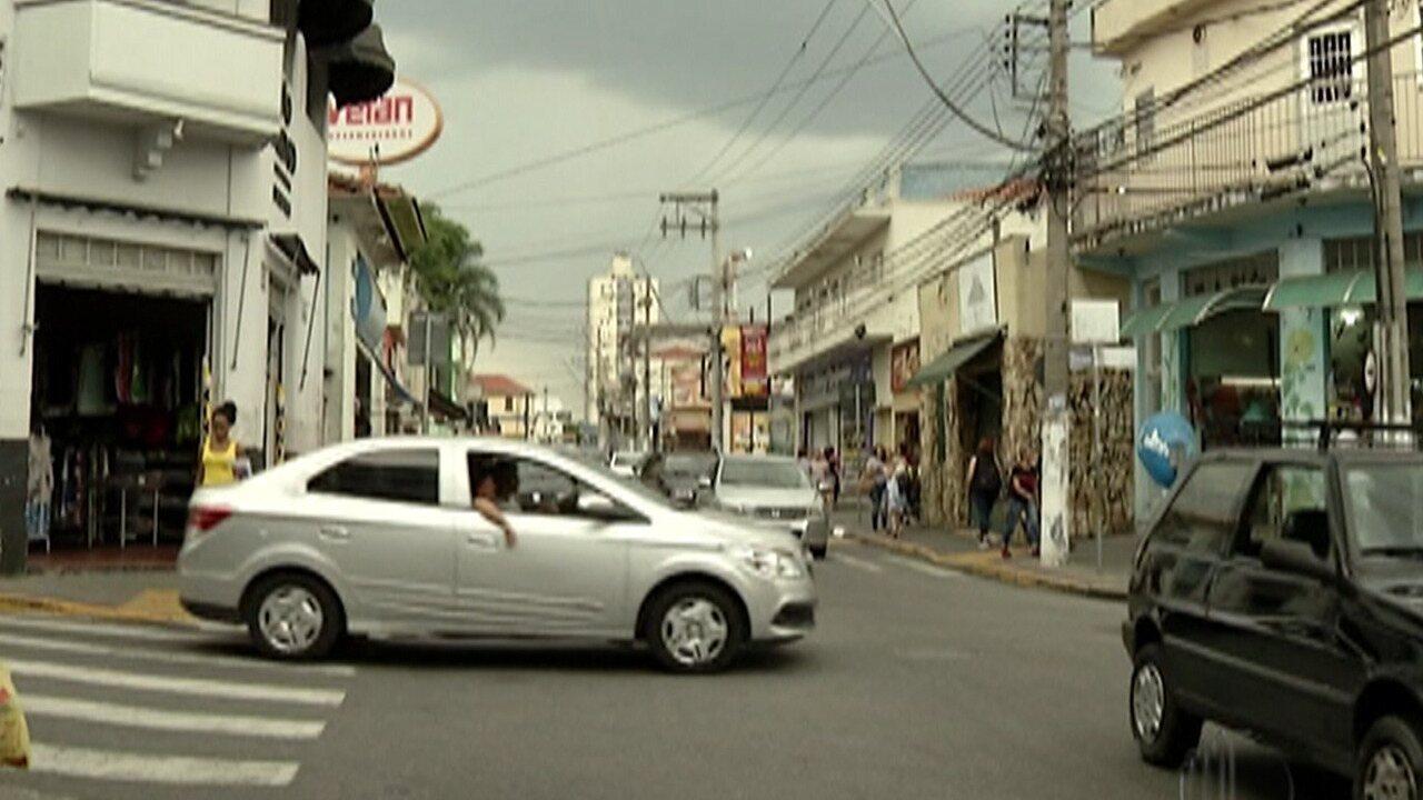 Comerciantes de Poá reclamam de falta de segurança em avenida