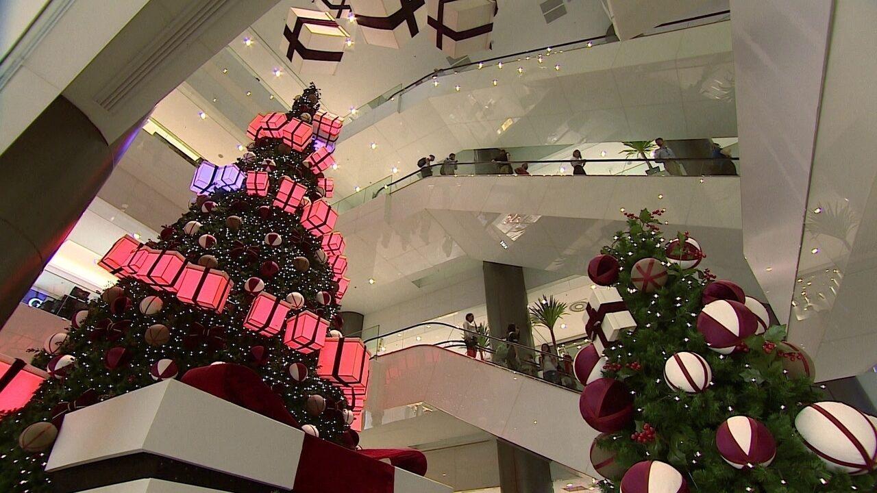 Mais de 110 milhões de brasileiros devem ir às compras de Natal em 2018, mostra pesquisa