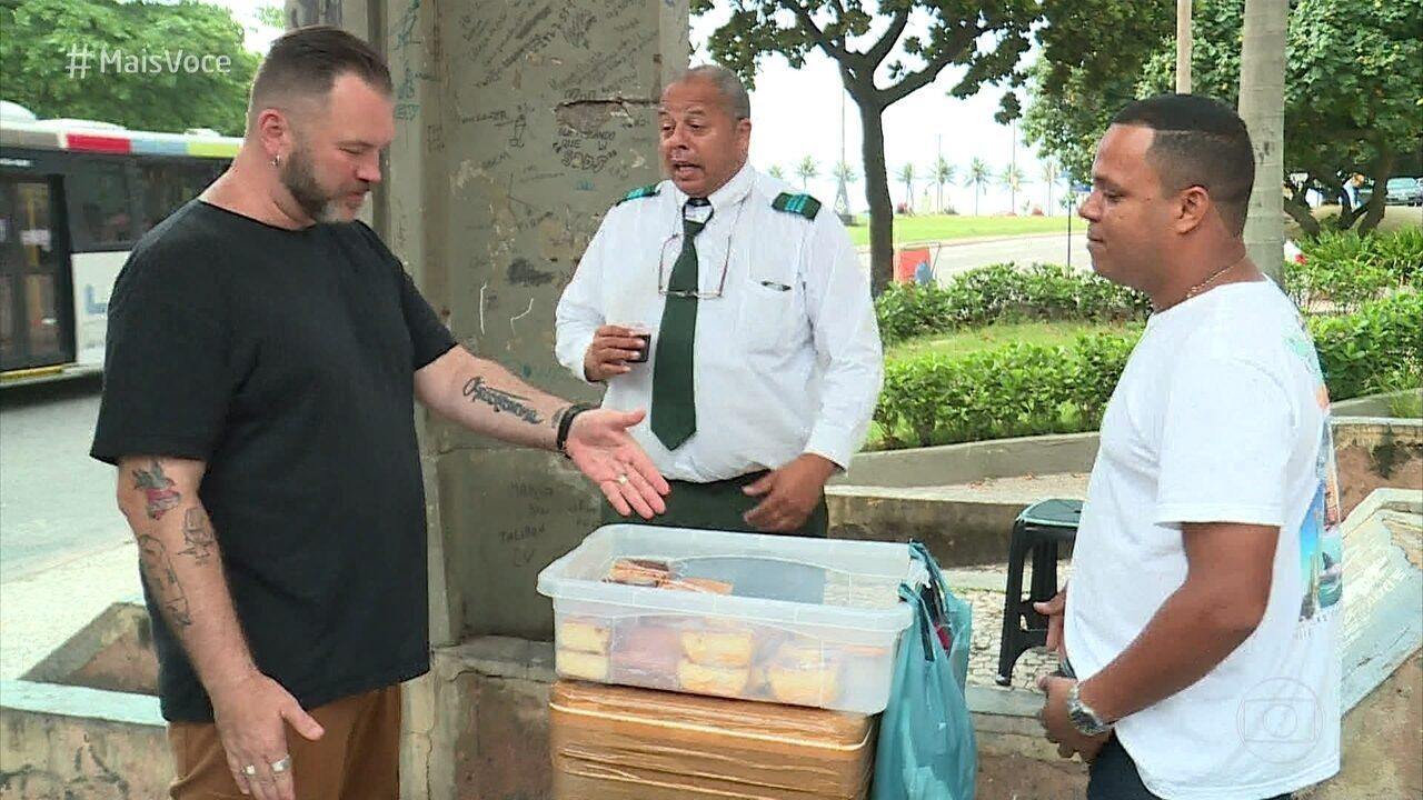 Jimmy McMannis avalia café da manhã dos ambulantes que oferecem o serviço