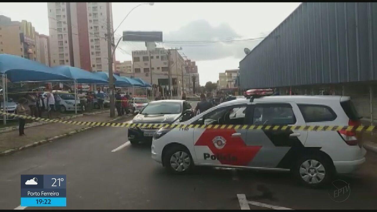 Homem é assassinado em suposta briga de trânsito em São Carlos