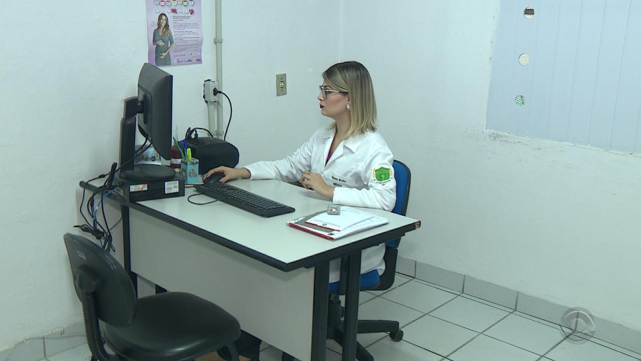 RS já tem 20 médicos trabalhando no lugar de cubanos, e mais de 600 vagas seguem abertas