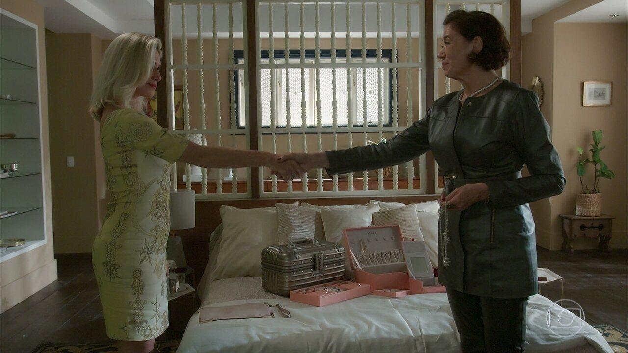 Marilda revela a Valentina como chegar à fonte