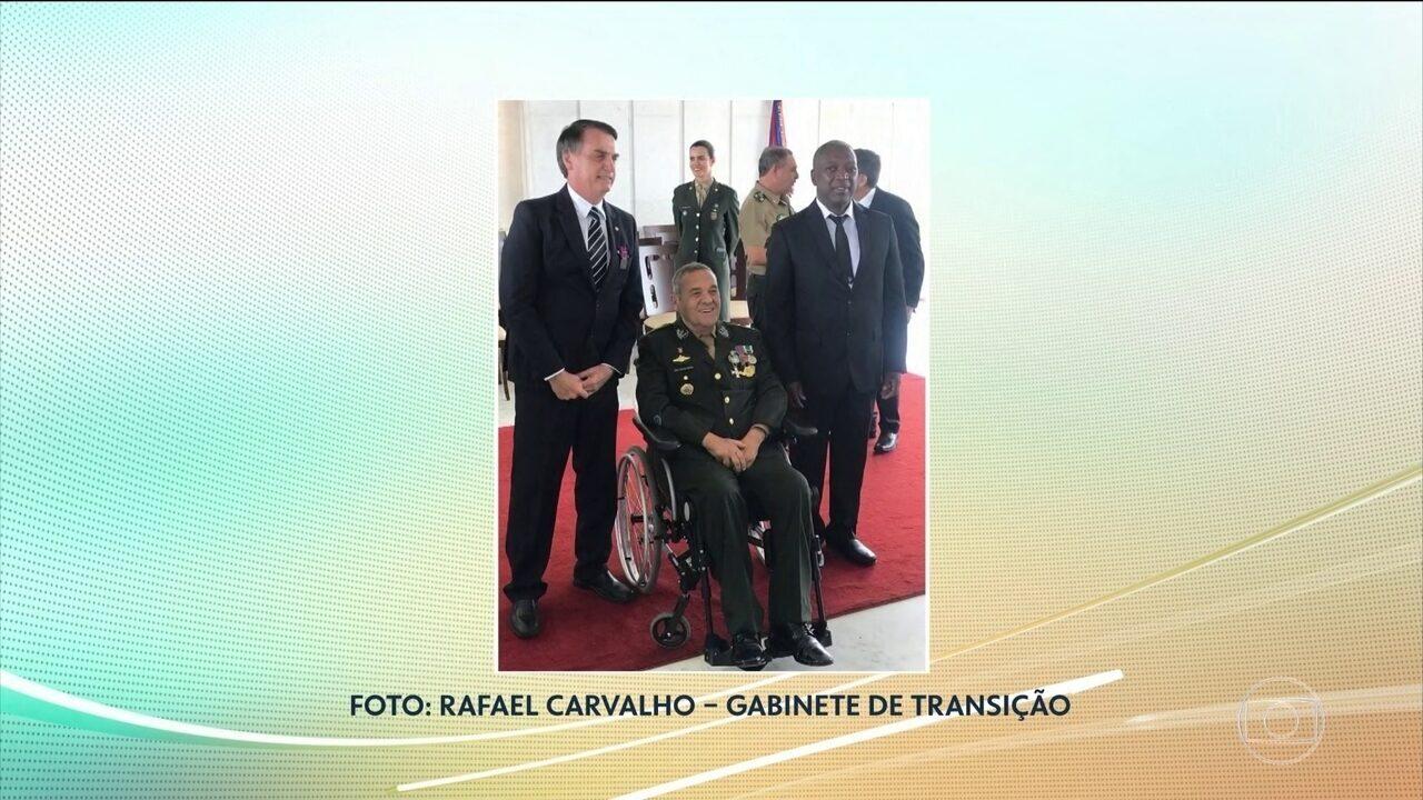 Bolsonaro recebe Medalha do Pacificador por ato de bravura em 1978