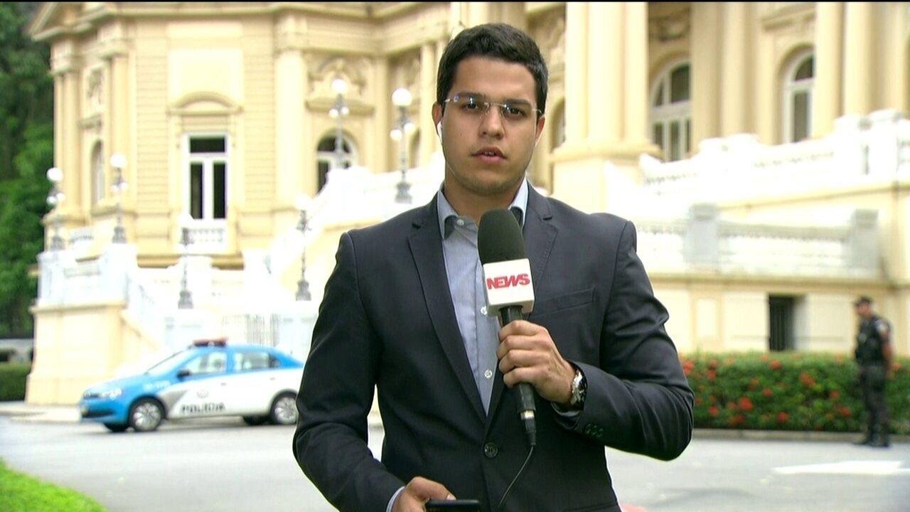 Dornelles define pagamentos aos servidores do Rio de Janeiro