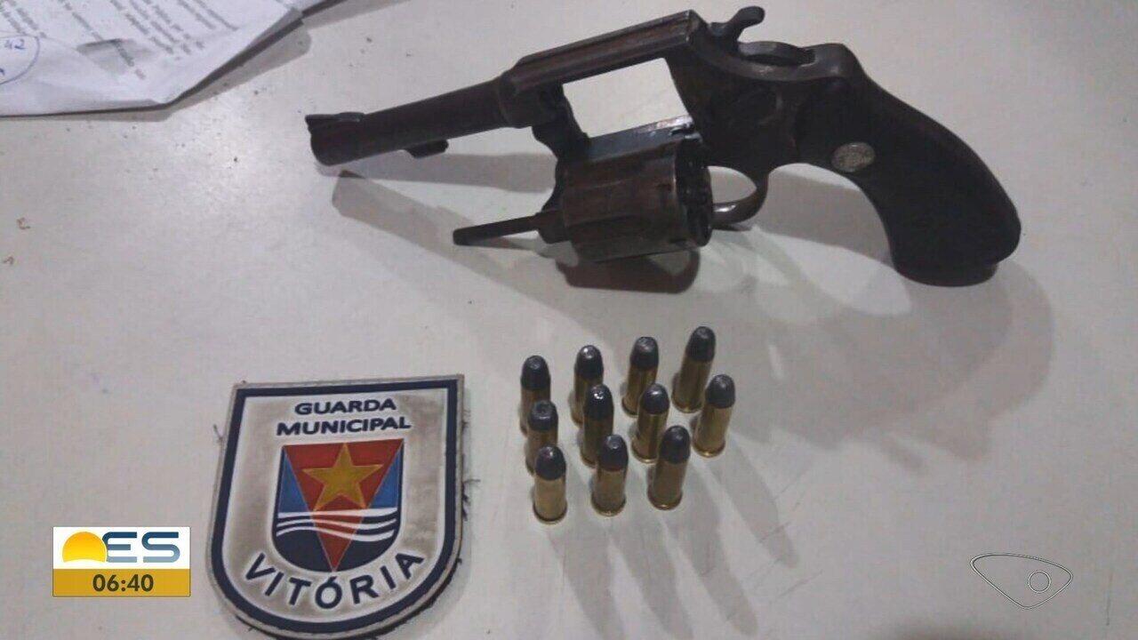Homem armado é preso durante patrulhamento da Guarda Municipal de Vitória
