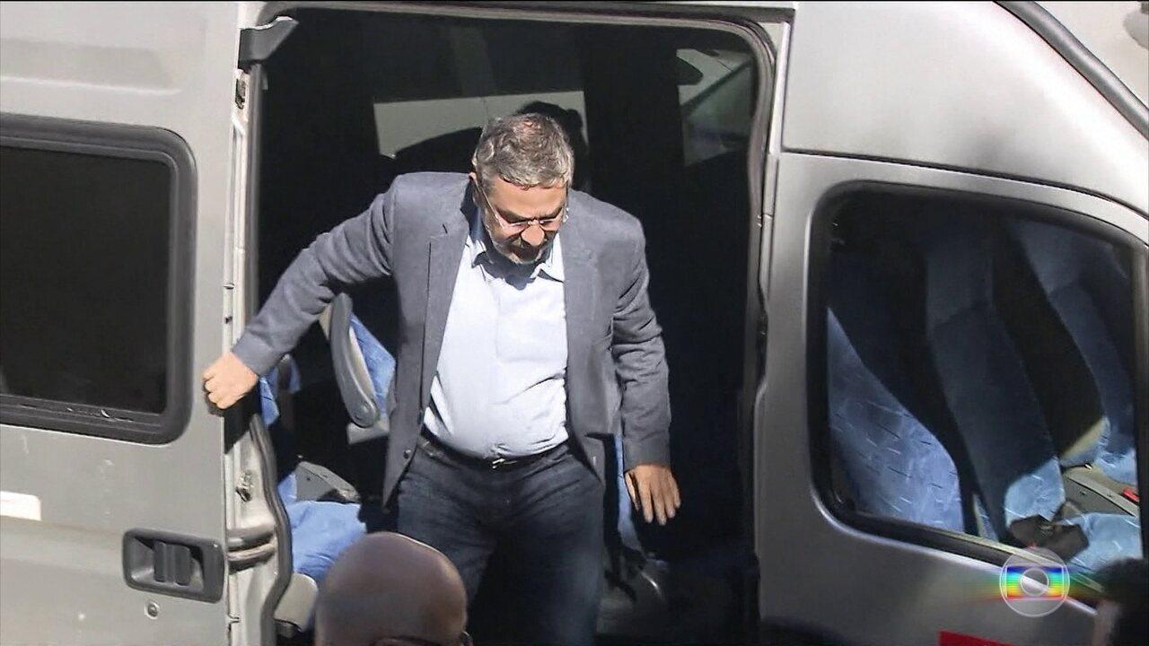 Antonio Palocci diz que Lula renovou medida provisória em troca de dinheiro para o filho