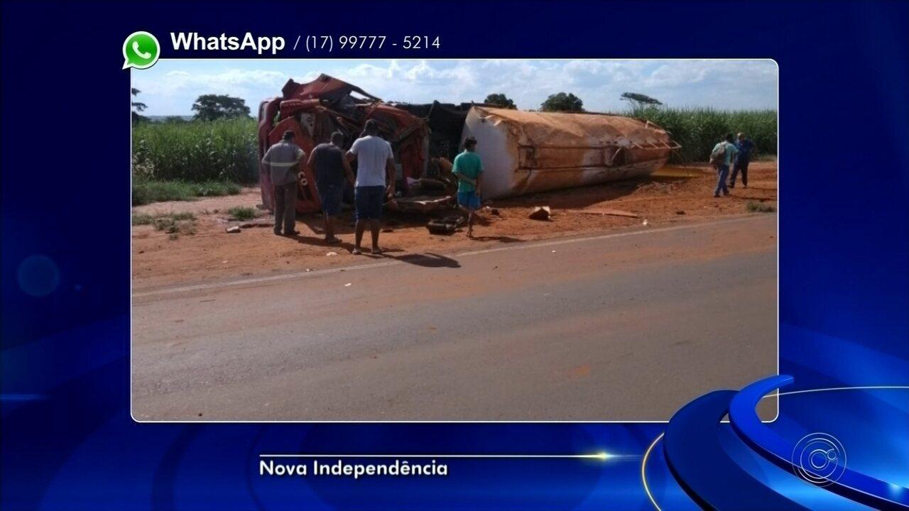 Caminhoneiro morre após veículo carregado com óleo vegetal capotar em Nova Independência