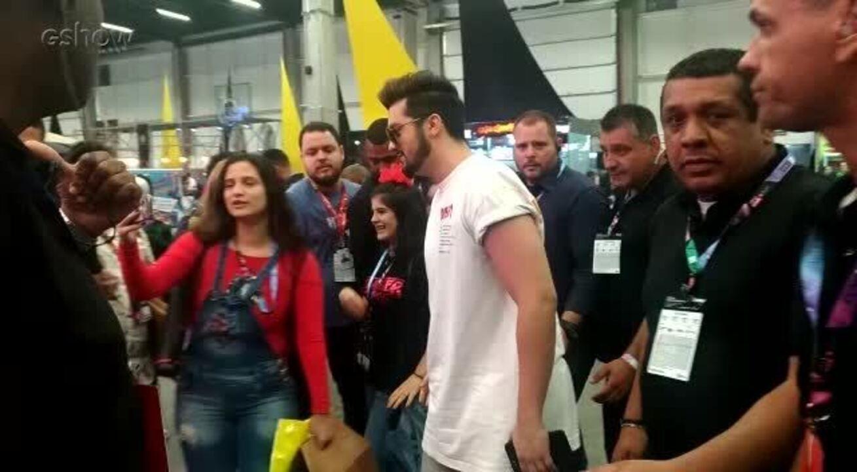 Luan Santana causa comoção na Comic Con Experience 2018